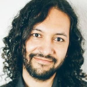 Hugo Berlin Hablante Nativo Lingüista Y Doctorando Con Experiencia Ofrece Clases De Español En Berlín O Por Internet